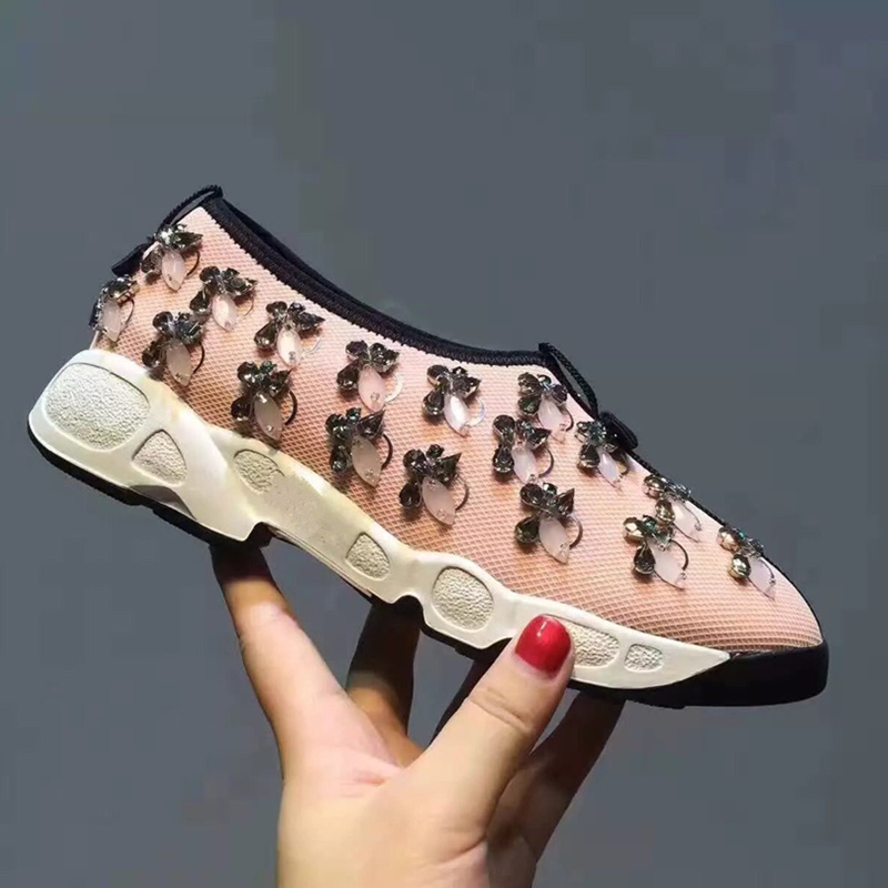 2018 New Hot Women Flats Flower Decor Women Shoes Crystal Embellished Air Mesh Slip On Casual Shoes Low Top Brand Zapatos Mujer