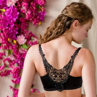 Realwill New Creative Back Lace Bra Front Closure Seamless Intimate Comfortable Wireless Style 4 Solid Colors