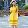 Элегантное Платье 2016 Лето Корея Стиль V-образным Вырезом Желтый/Черный Hollow Дамы Краткое Колен Известный Потрясающие Моды Платье