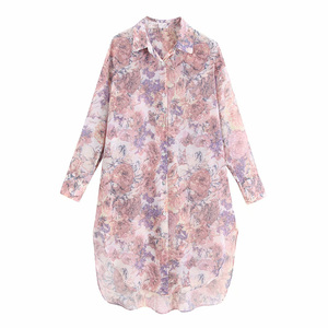 الصيف عارضة قميص الإناث فضفاضة طويلة الأكمام قميص طية صدر السترة زهرة طباعة