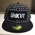Хип-Хоп Мода лето девочек Snapback Dot pattern UNKUT Письмо вышивка мужчины регулируемая Бейсболке 2 цвета UC5540