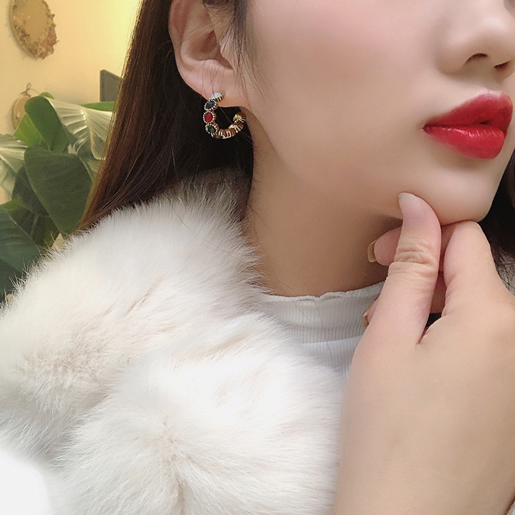 HTB1QqOvLVzqK1RjSZFCq6zbxVXaX - MENGJIQIAO 2019 New Hot Sale Vintage Colorful Rhinestone Small Hoop Earrings Women Fashion Simulated Pearl Semicircle Pendientes
