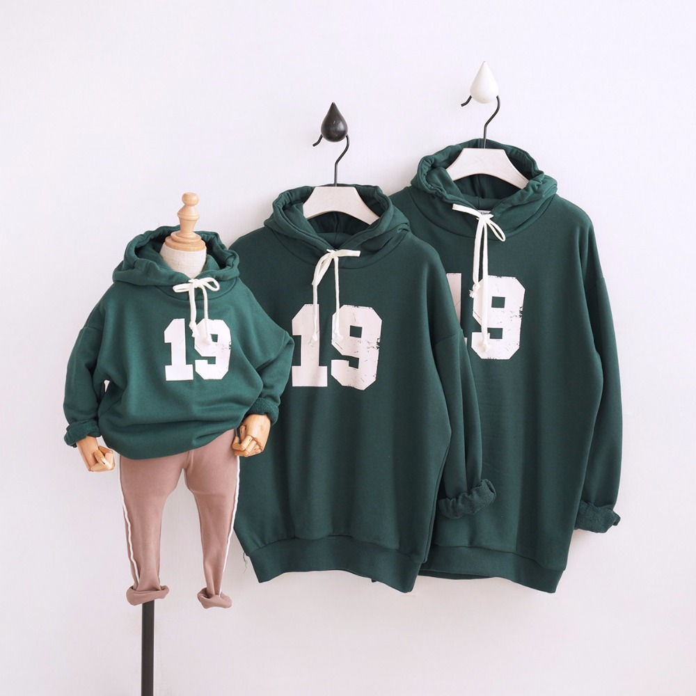 2019 Fall Winter Father/Mom/youngsters Household Look Clothes 19 Cartoon Household Matching Outfits Sweatshirts Daddy Daughter Garments Matching Household Outfits, Low cost Matching Household Outfits, 2019 Fall Winter Father/Mom/youngsters Household...
