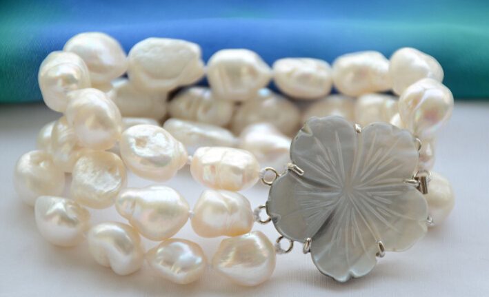 Beautiful 3strands 15mm WHITE BAROQUE freshwater cultured pearl 8inch bracelet