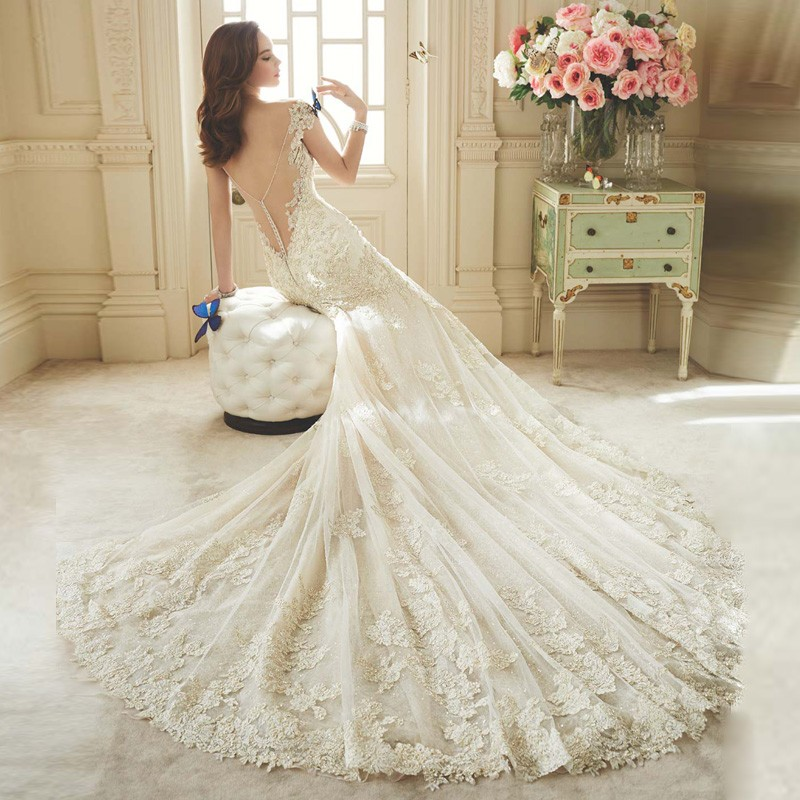 2017 Lace Long Train Sexy Gathered Romantic Sweetheart with Beading Appliqued Tulle Vestidos De Novia Sheath Wedding Dress 3