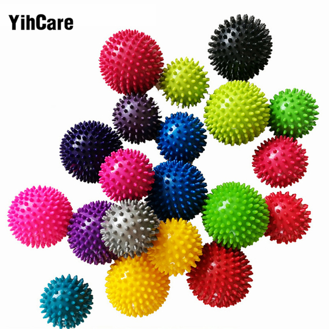 YihCare 9.5cm/7.5cm Spiky Trigger Point Massage Ball Roller Pain Stress Relief for Palm Foot Hand Body Massager Random Color