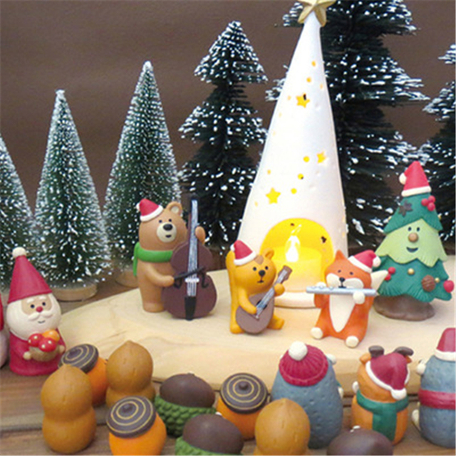 2018 christmas ornaments resin miniature figurines cheap home decoration crafts decorative resin figures gift for kids