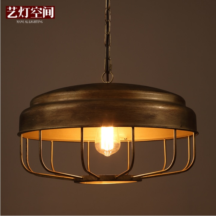 Retro Design Chic Pendant