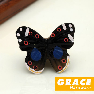 Colorful And Beautiful Butterfly Resin Hand Lovely kids Room Cartoon Pastoral Village Style Wardrobe Drawer Knobs