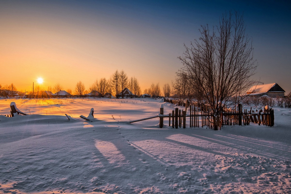 Wooden Fence In The Village Sunset Winter Nature Wallpaper