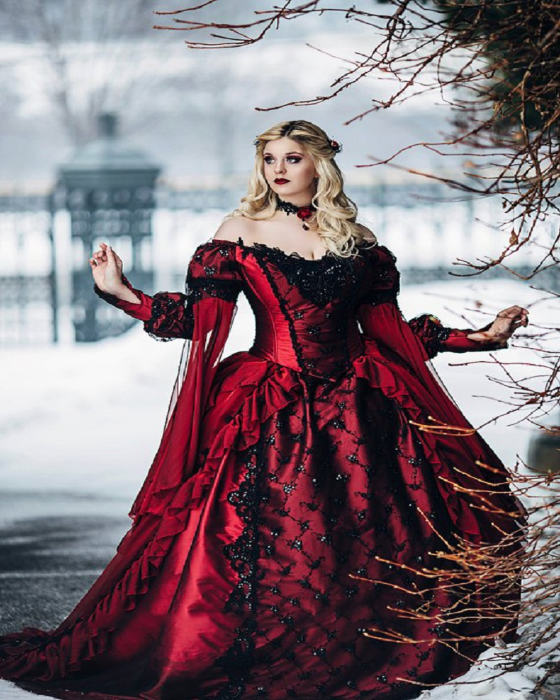 Red And Black Gown: Gothic Sleeping Beauty Princess Medieval Red And Black