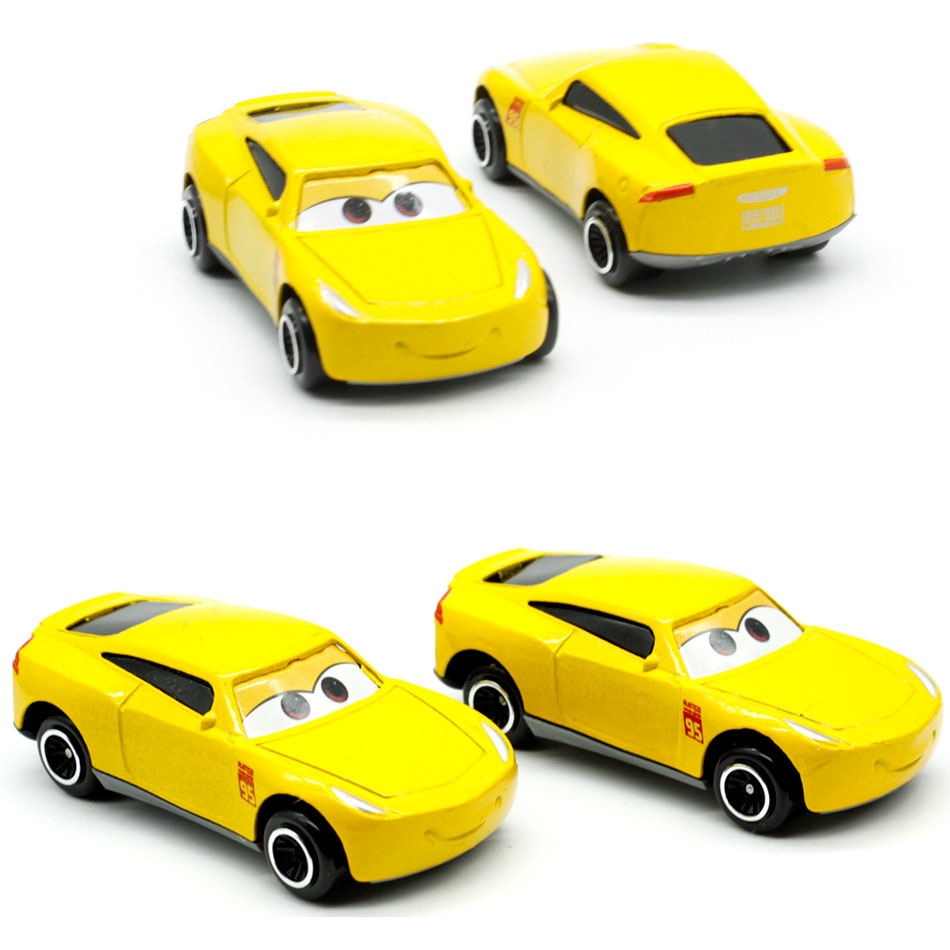 The New Stock Car Sponsored By Disney Cruze Ramirez Pixar Toy Car Mini 3 Metal Die-casting Loose And Free Shipping