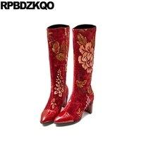 10 вышитый Роскошные бренды обувь женщины острый носок заостренный вышивка марочный цветок толстый ботинки больших размеров коренастый выс