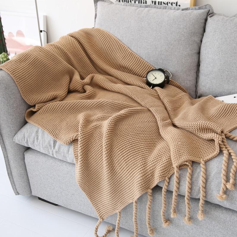 Couverture de repos de bureau tissée à la main de 130X170 cm, couverture de climatisation de sofa de dentelle de gland. Photographie props couverture
