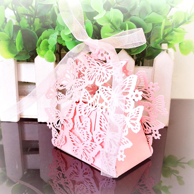 50/100pcs Butterfly Laser Cut Hollow Dragees Candy Gift Box Deco Mariage Wedding Gift Favor Boxes Cake Chocolate Box with Ribbon