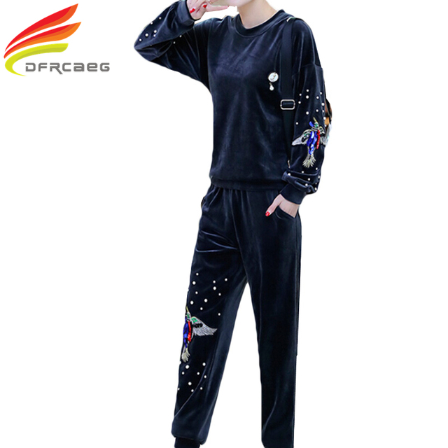 European Style 2017 Spring 2 piece Sporting Suits Gold Velvet Women Clothing Set Plus Size Tracksuit Pleuche Sportswear 3xl