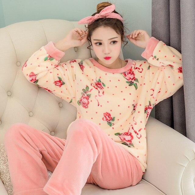 Новые Вывески Пижамы Для Женщины Зимняя Одежда С Длинным Рукавом Домашней Одежды Служат Женщины Утолщение Цветы Шею Костюм