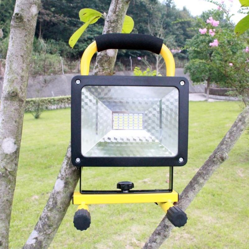 Lampe de Camping de lanterne portative polyvalente de 36 patchs a mené la lumière extérieure de Camp chargeant l'éclairage de lampe de tente de lumière de secours à la maison
