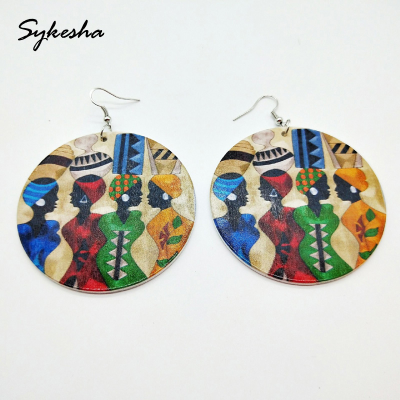 2019  Stylish Africa Exaggerated African Women Figure Heads with Geometric Round Wooden Earrings