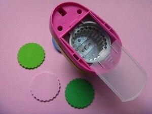 Image 4 - Gratis Verzending 2 inch Golf Cirkel EVA foam ponsen papier puncher voor wenskaart handgemaakte DIY scrapbooking craft punch machine