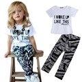 2016 Nueva Llegada de los Bebés de La Raya Niño camisa y Pantalones Conjuntos Set 2 a 7Y Ropa Niñas Establece Niños Trajes de Buena Calidad caliente