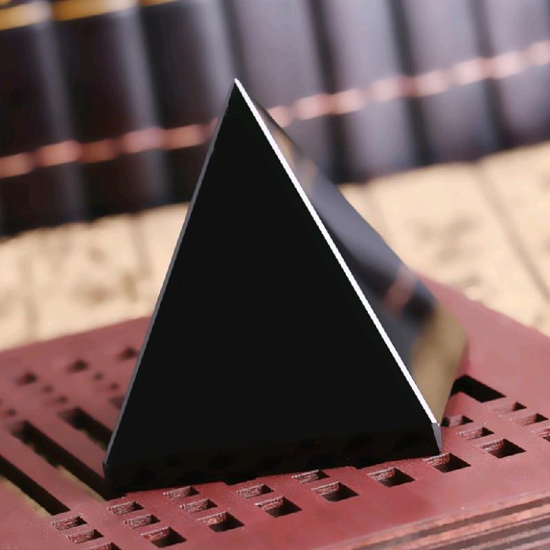 Pyramid vindecare Crystal Artizanat Negru Natural Obsidian cuarț - Decoratiune interioara - Fotografie 2