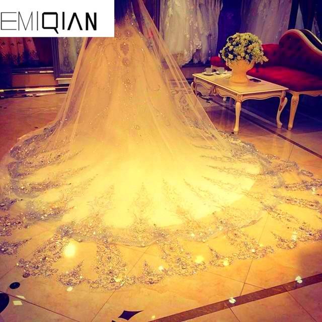d0d5de465 Velo de novia con Peine 3.5 Metros de Largo Ancho 1.8 Metros cuadro  verdadero Cristales Strass