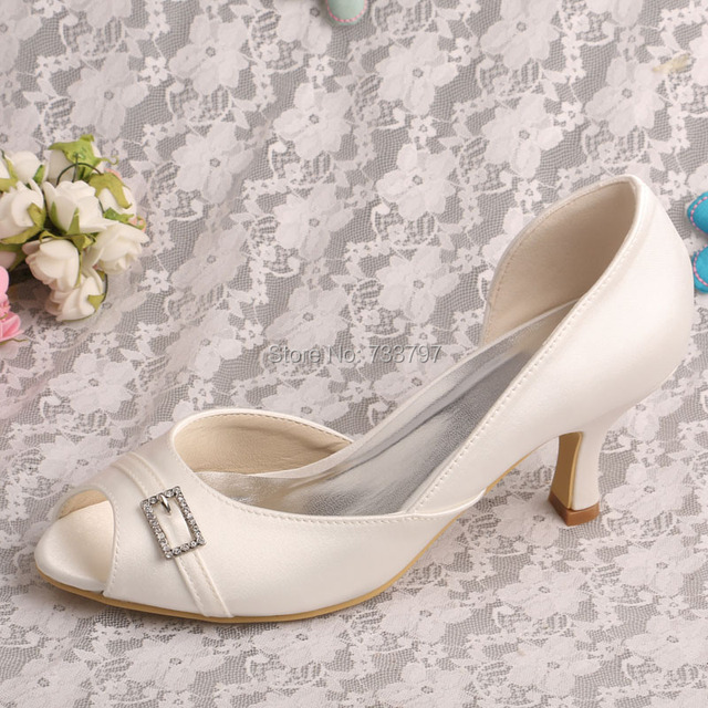 a513b696c78c Made To Order Fashion Women Shoes Crystal Shoes Wedding Mid Heels Off white  Satin