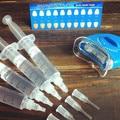 Mejor 16% de peróxido de hidrógeno HP 4 UNIDS 5 ML dientes que blanquean el kit + dientes blanqueamiento de luz + guía de colores 3D Higiene Oral envío gratis