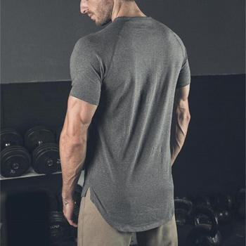Nowa marka Gym Shirt Sport T Shirt mężczyźni bawełniana koszulka do biegania z krótkim rękawem mężczyźni trening treningowy koszulki topy fitness Rashgard T-shirt tanie i dobre opinie FITNESS SHARK COTTON Pasuje prawda na wymiar weź swój normalny rozmiar Wiosna AUTUMN Lato O-neck Short sleeve t shirts