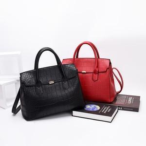 Image 4 - 2019 New Female Handbag Cayman PU Leather Women Shoulder Bag Big Luxury Brand Summer Ladies Large Capacity Casual Totes Hand bag