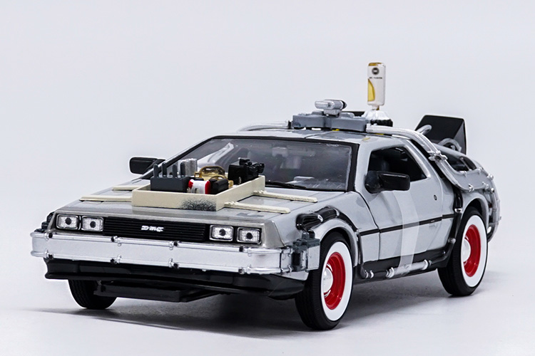 1:24 Diecast Model for Time Machine From The 3 Movie Scifi Alloy y Car Miniature Collection
