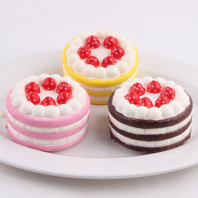 2018 Cute Strawberry Cake Bread Ice Cream Kid Toys Squishy Squeeze Toy Slow Rising Relieves Stress Anxiety Attention To Adult