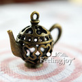 Mini toy house simulation  Furniture accessories play bronze three-dimensional hollow palace jug
