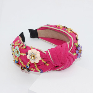 Image 2 - Nieuwe Europese en Amerikaanse Barok rijst kralen hoofdband Bohemian mode bloemen verpakt persoonlijkheid dans hoofdband 950
