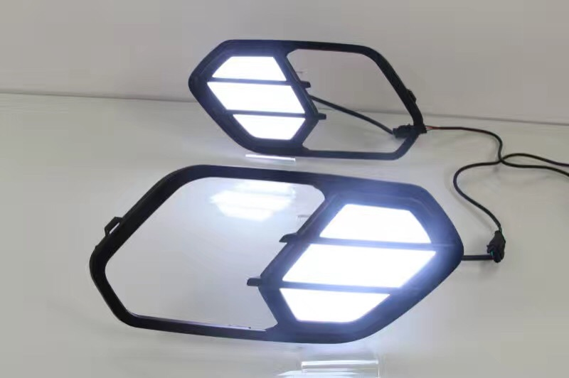 Osmrk Сид DRL дневного света для Форд куга побег 2016-2017 с желтым функции поворота света, беспроводной выключатель