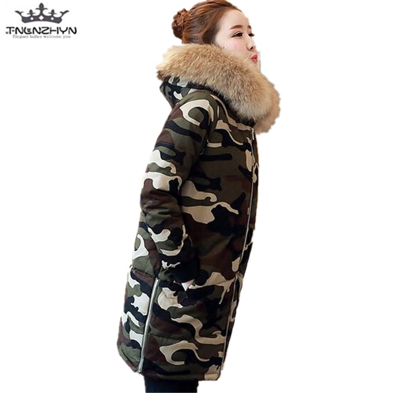 tnlnzhyn 2017 New Winter Women Coat Slim Natural Fur Collar Hooded Down Cotton Jacket Thick Warm Camouflage Cotton Jacket Y559 thick hooded down jacket women slim print long winter coat camouflage y160