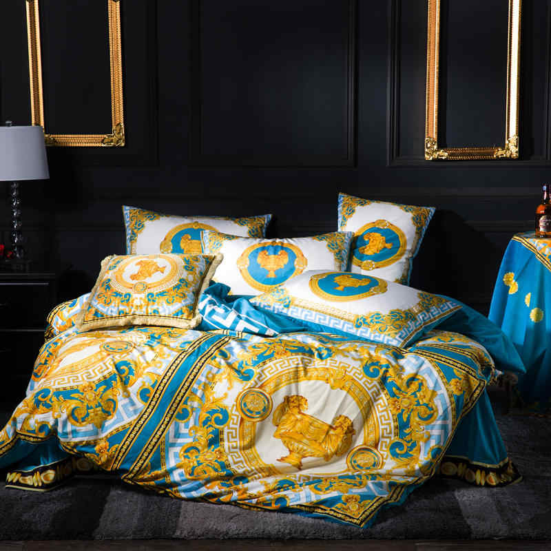 FAMVOTAR Luxury Bedding Set Chic Golden Crown/King Lion Embroidery Duvet Cover Bed Set Flat Bed Sheet King Queen Size 4 Pcs Set