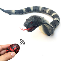 Gags Practical Toy Electronic remote Control Fake Snake Toys creeping and spoofing scary Electric Cobra RC toys Snake