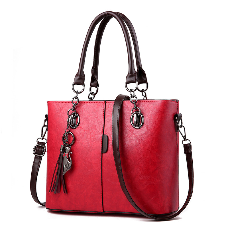 купить women bag Fashion Casual women's leather handbags Luxury Designer Shoulder bags new bags for women 2018 Large capacity bolsa по цене 1452.43 рублей