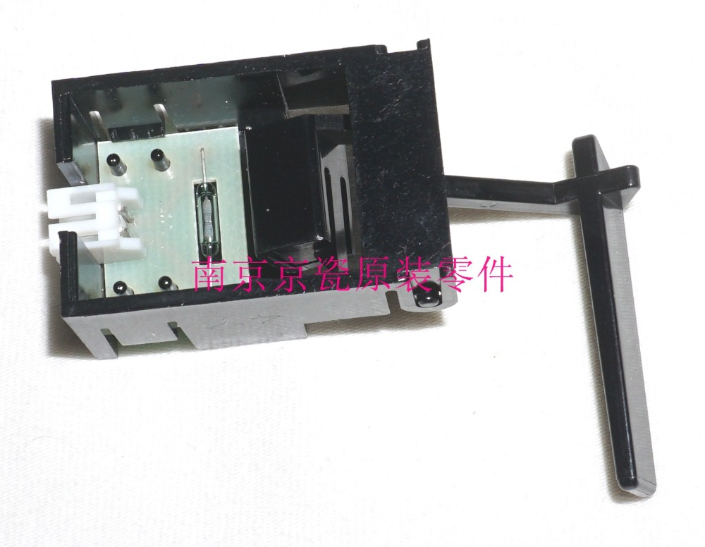 New Original Kyocera 302K394180 SWITCH EXIT PAPER EMPTY for:FS-6025 6030 6525 6530 TA3010i 3510i 3011i 3511i M4028 цена и фото