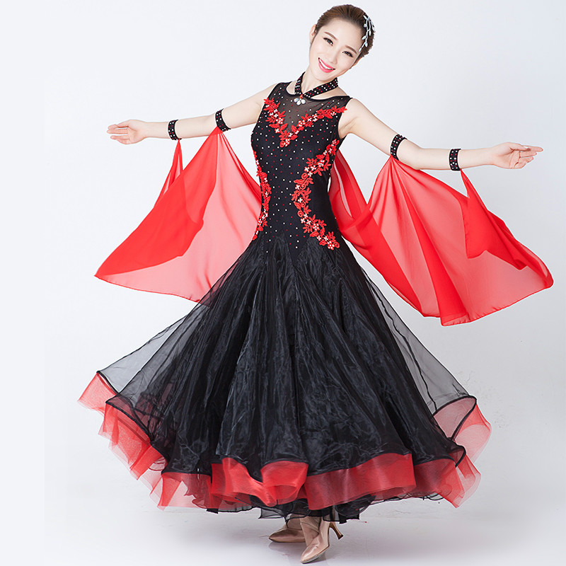 Robes de concours de danse de grande aile pour femmes robe de danse Jazz/tango/valse pour la compétition de robe de patinage de Performance 89