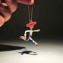 Disney Toy Story 3 Jessie 5 cm Q versión acción figura postura Anime  decoración colección figura modelo de juguete para los niño. 55c8ad58b5c