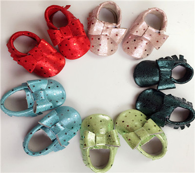 2016 Nueva Infant Toddler Cuna Bebé Bebé Mocasines de Cuero Genuino Suave Moccs Zapatos Primeros Caminante Muchacha Del Muchacho Del Cabrito Arco Polka Dot Zapatos
