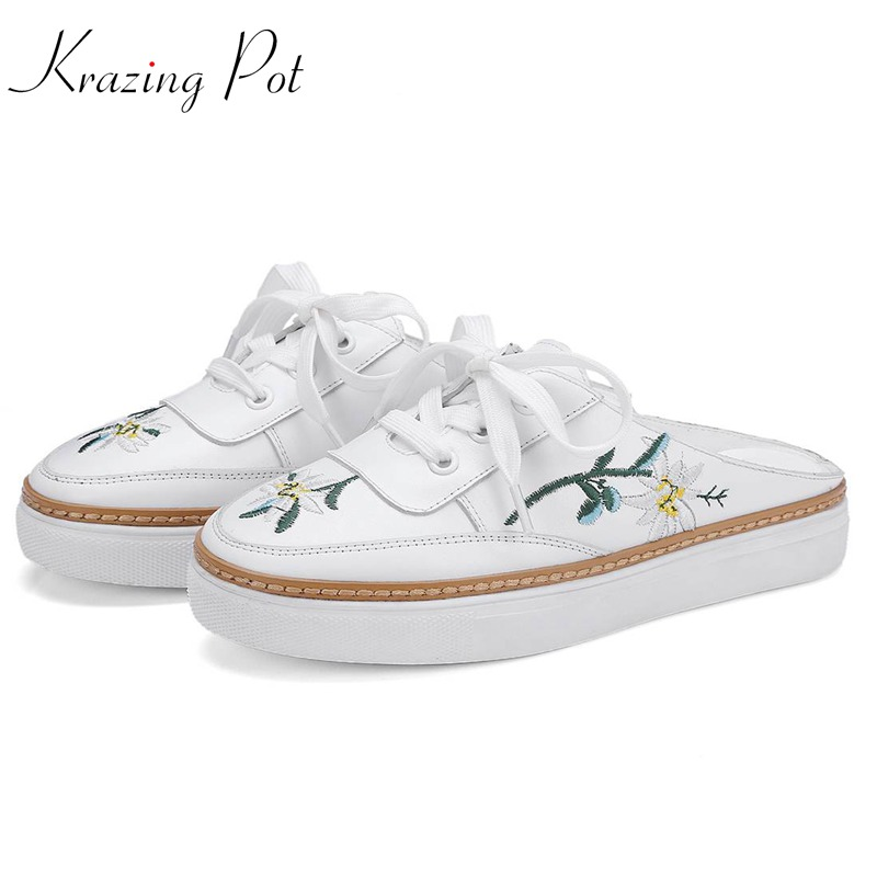 Krazing Pot 2018 full grain leather round toe causal leisure embroidery slip on white color women floral vulcanized slippers L31Krazing Pot 2018 full grain leather round toe causal leisure embroidery slip on white color women floral vulcanized slippers L31