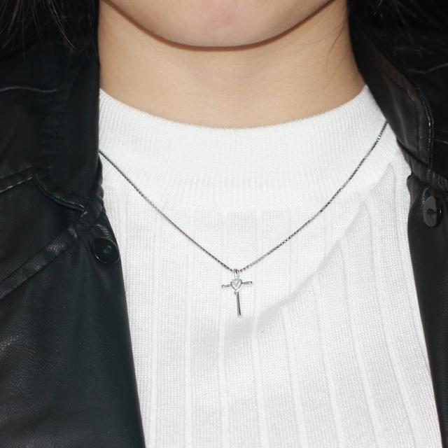 0.04CT Round Diamond 14K 585 White Gold Necklace Pendant
