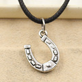 Nueva moda de cuero de plata tibetana colgante herradura collar choker encanto negro cordón del precio de fábrica hecha a mano jewlery