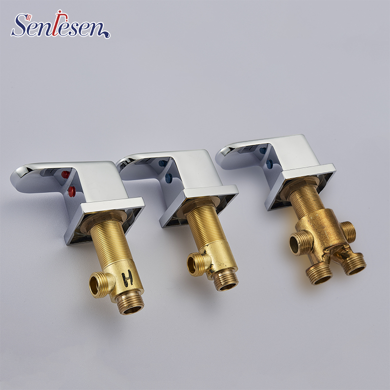 Deck Mounted Chrome Brass Bathtub Faucet Switch Valve Bathroom Mixing Valve Hot and Cold Control Handle for Tub Mixer Taps