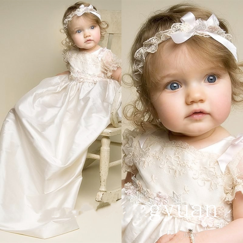 New Lolita Baby Infant Girls Christening Dress White Ivory  Lace Applique Baptism Gown With Headband 3 6 9 12 15 18 month lolita baby infant christening dress baptism gown ivory white lace applique baby girl party dress 0 3 6 9 12 15 18 24month