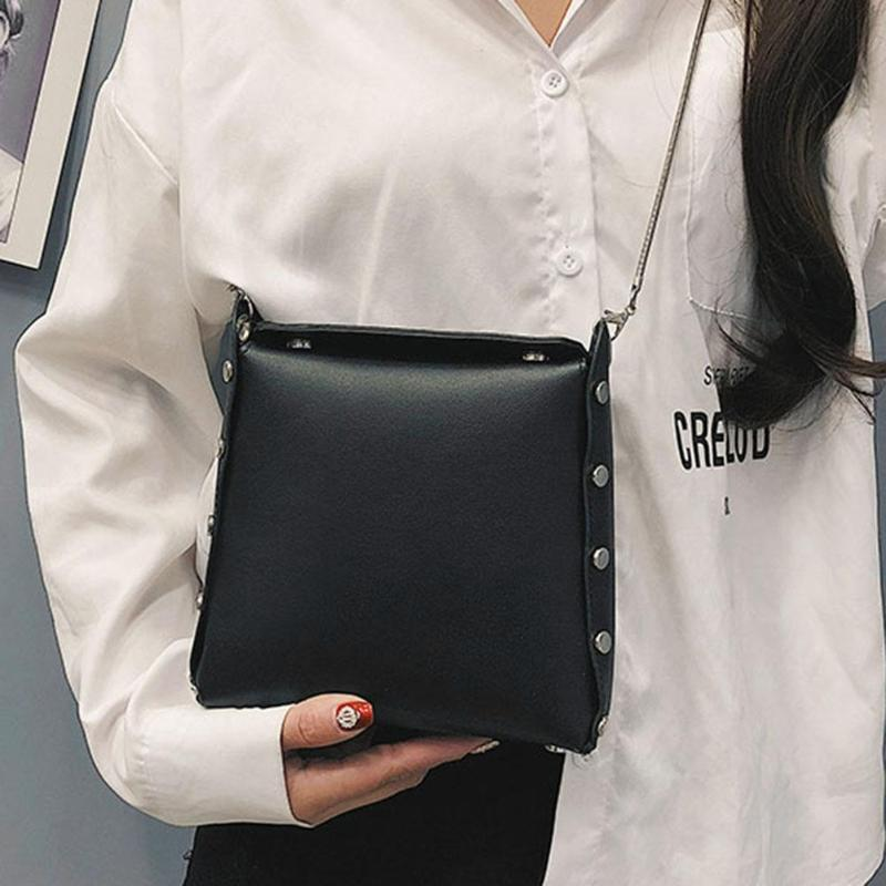 Simple Shoulder Bags in Womens Totes Casual PU Leather Zipper Crossbody Handbags and Purse Women Chain Square Messenger TotesSimple Shoulder Bags in Womens Totes Casual PU Leather Zipper Crossbody Handbags and Purse Women Chain Square Messenger Totes